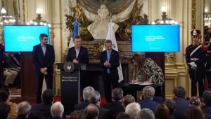 """La Provincia se sumó a la """"modernización del Estado"""" que propuso Macri"""