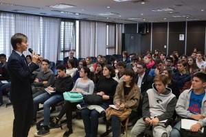 Alumnos de escuelas secundarias se capacitaron para un debate legislativo