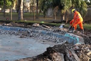 El Municipio avanza con las obras de reacondicionamiento en la rotonda de 7 y 32