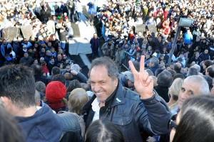 """Scioli: """"Esta es una campaña de la esperanza de que se va a poner freno al ajuste"""""""