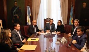 """Garro se reunió con Laura Alonso y dijo que """"la transparencia es un eje de nuestra gestión"""""""