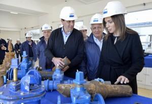 Vidal y Garro visitaron una planta de Absa