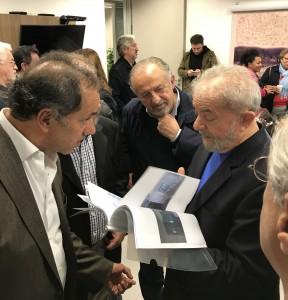 """Scioli estuvo con Lula y habló del """"desafío en común de frenar el ajuste"""""""