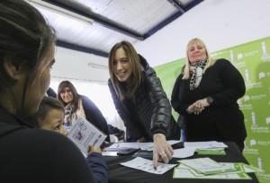 Vidal lanzó un programa de documentación para 48 mil chicos