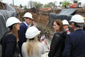 Vidal estuvo en La Plata y recorrió obras para evitar inundaciones