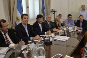 Lacunza presentó el proyecto de presupuesto en la Legislatura