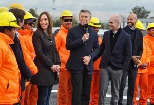 Macri y Vidal inauguraron obras en el puente de la Noria
