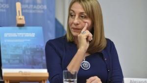 Tras la presión oficial, renunció Gils Carbó