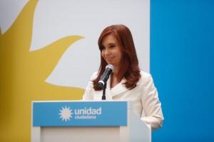 """Cristina denunció que sufre una """"persecusión"""" y apuntó contra Macri"""