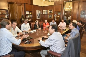 Municipales platenses tendrán un aumento salarial del 15%