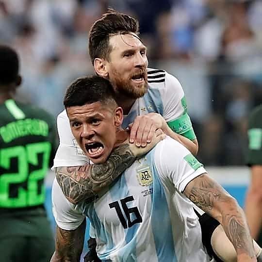 Rojo y Messi