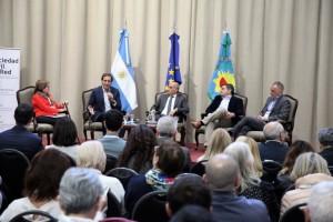Debaten sobre la articulación de los sectores público y privado