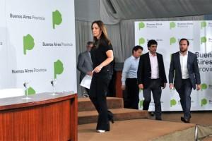 Vidal abrochó la paritaria estatal bonaerense con UPCN y FEGEPBA