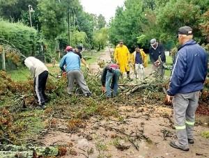 La tormenta provocó serios trastornos y dos muertos en La Plata