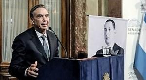 """Pichetto le volvió a """"echar flit"""" a Cristina Kirchner"""
