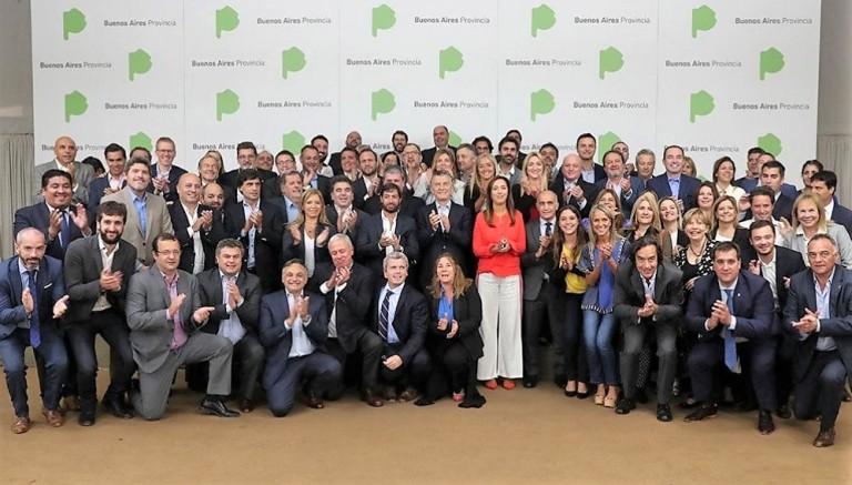 Macri, Vidal y gabinete bonaerense con legisladores