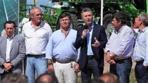 """Macri: """"El mundo mira si ratificamos el rumbo o tomamos un atajo"""""""