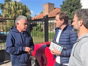 Operación reelección: Garro encabezó un timbreo en Tolosa