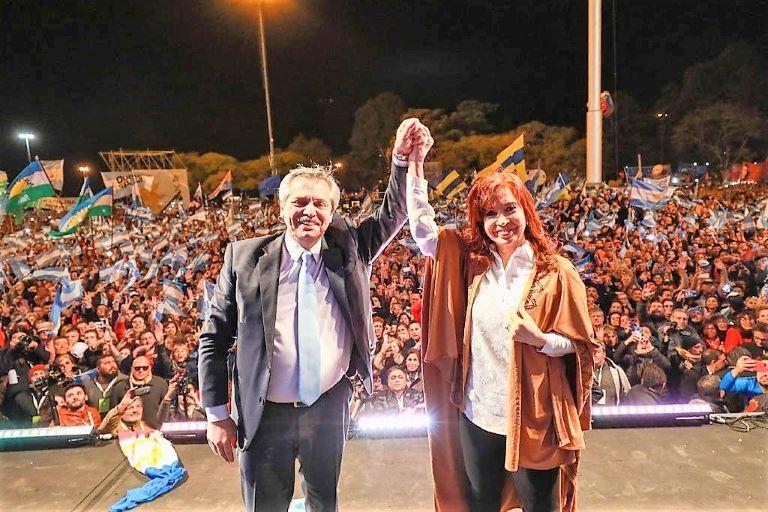 Alberto y Cristina cierre campaña Rosario 1