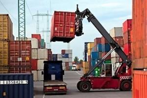 Calculan el superávit comercial del año en u$s 12.500 millones