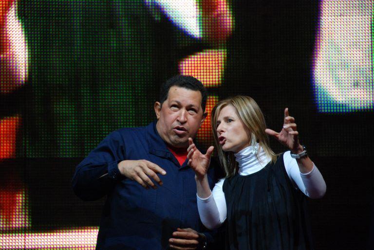 Hugo Chavez y Florencia Saintout