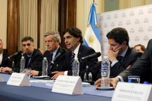 Lacunza llamó a «construir consensos» en política económica