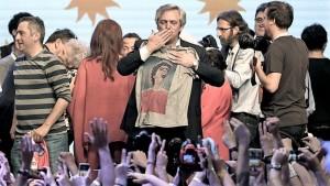 Alberto Fernández, presidente electo por casi 8 puntos sobre Macri