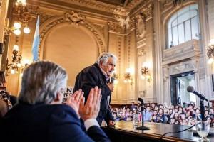 Alberto dijo que si gana las elecciones creará un ministerio de la Mujer