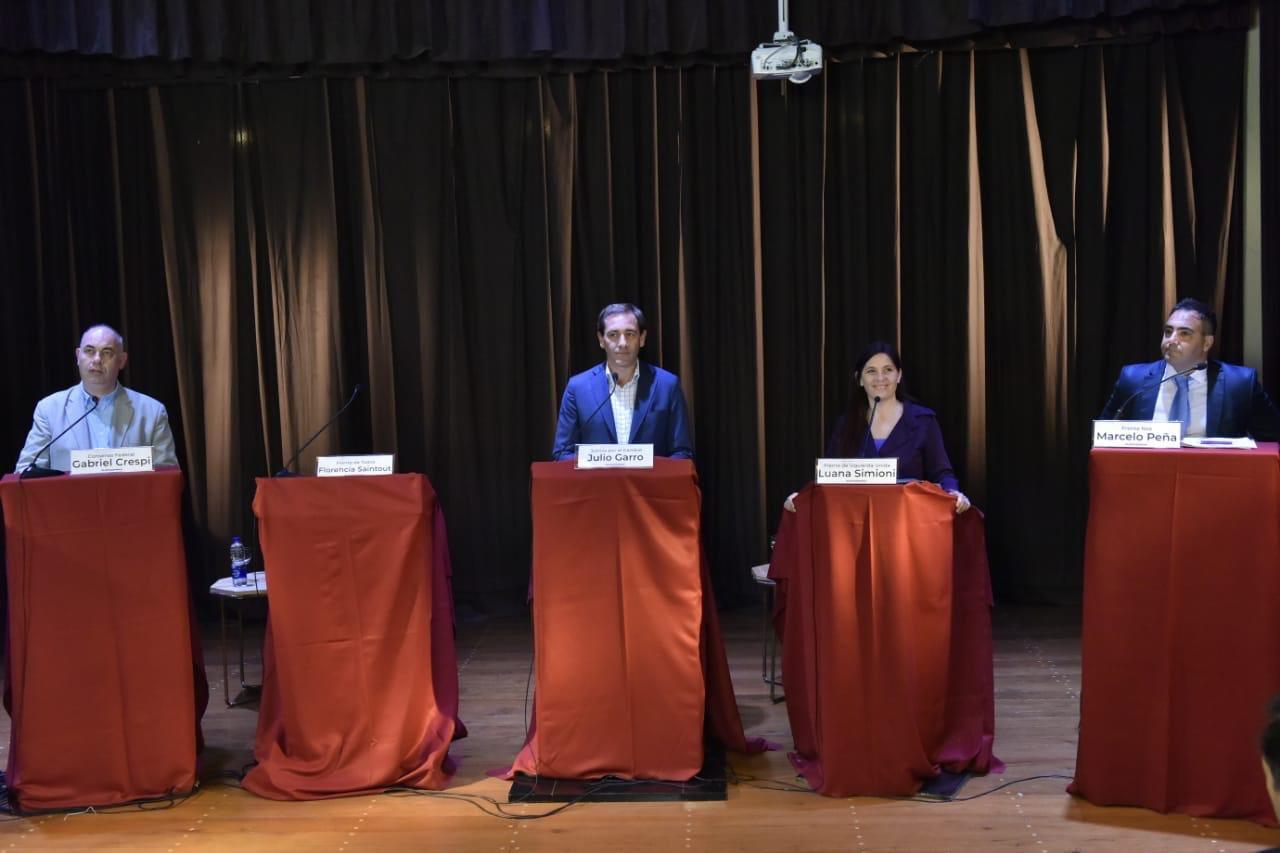Debate candidatos de La Plata 2