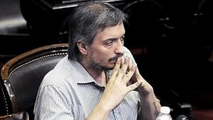 Máximo cargó contra los medios que fueron condescendientes con Macri
