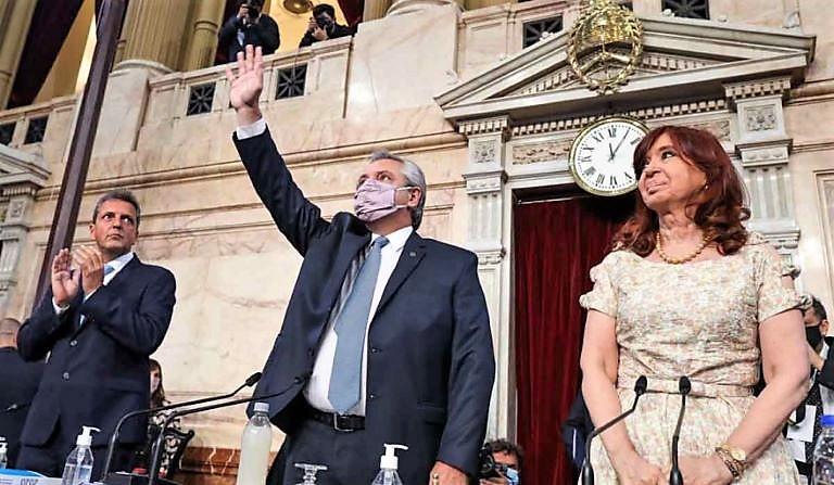 Massa - Alberto y Cristina en asamblea legislativa 2021