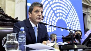 Diputados oficialistas y opositores no se dan tregua por las PASO