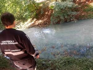 Imputan al Frigorífico de Gorina por contaminar el arroyo Rodríguez
