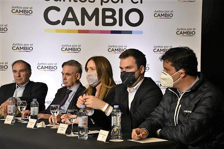 Pichetto, Vidal y Abad - Juntos la foto 2021