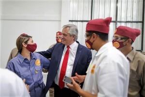 Alberto: «El turismo ya está en marcha y será un motor de la reactivación»