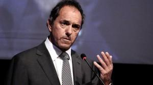 Scioli volvió a la carga contra el acuerdo entre el PRO y la UCR
